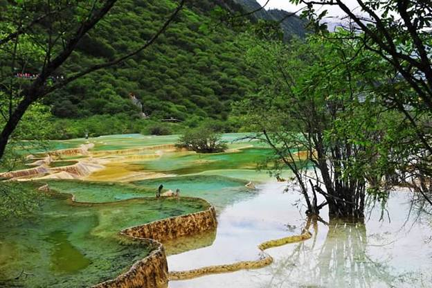 how to get to jiuzhaigou valley from shanghai
